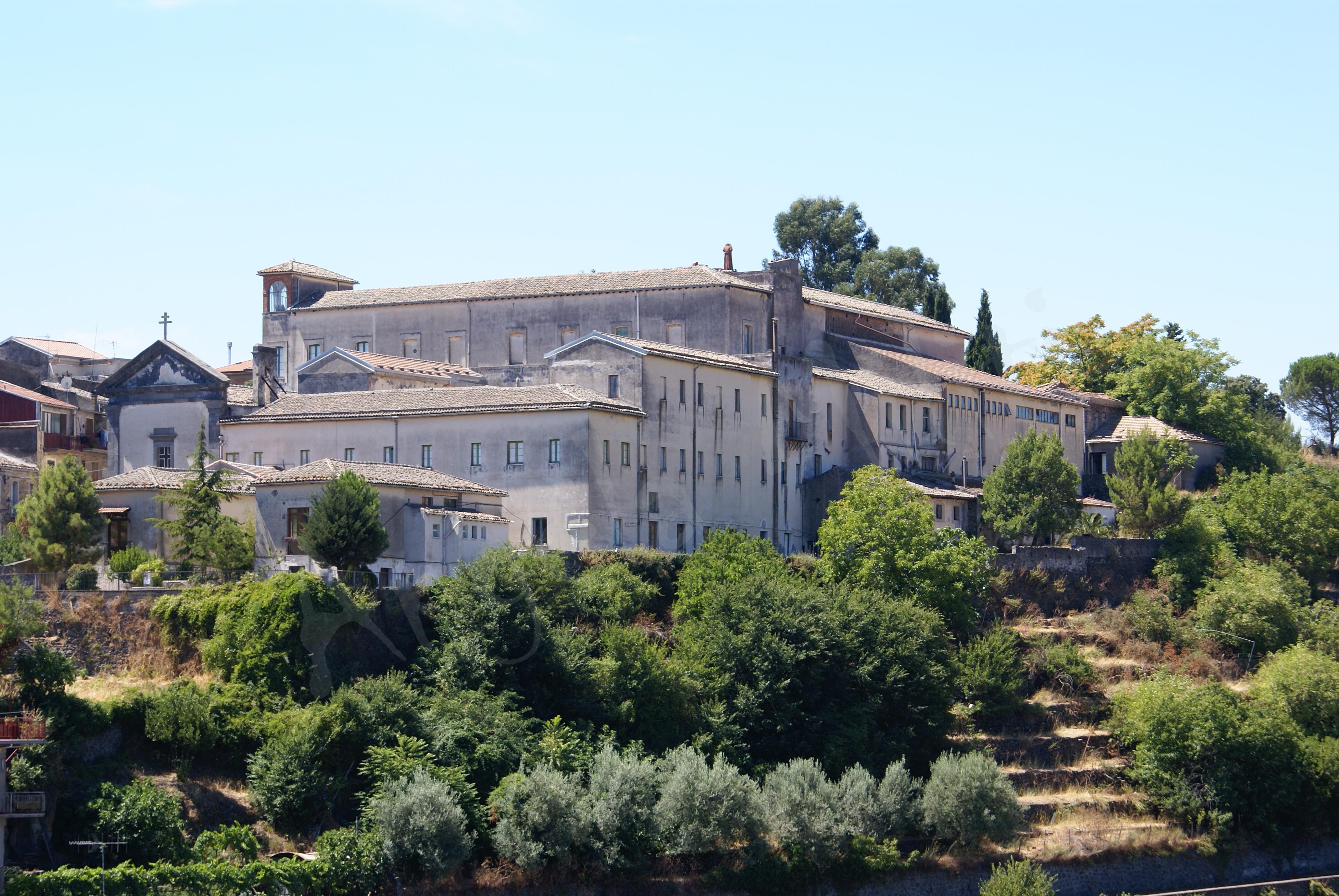 Convento dei Cappuccini, visto dal castello Svevo