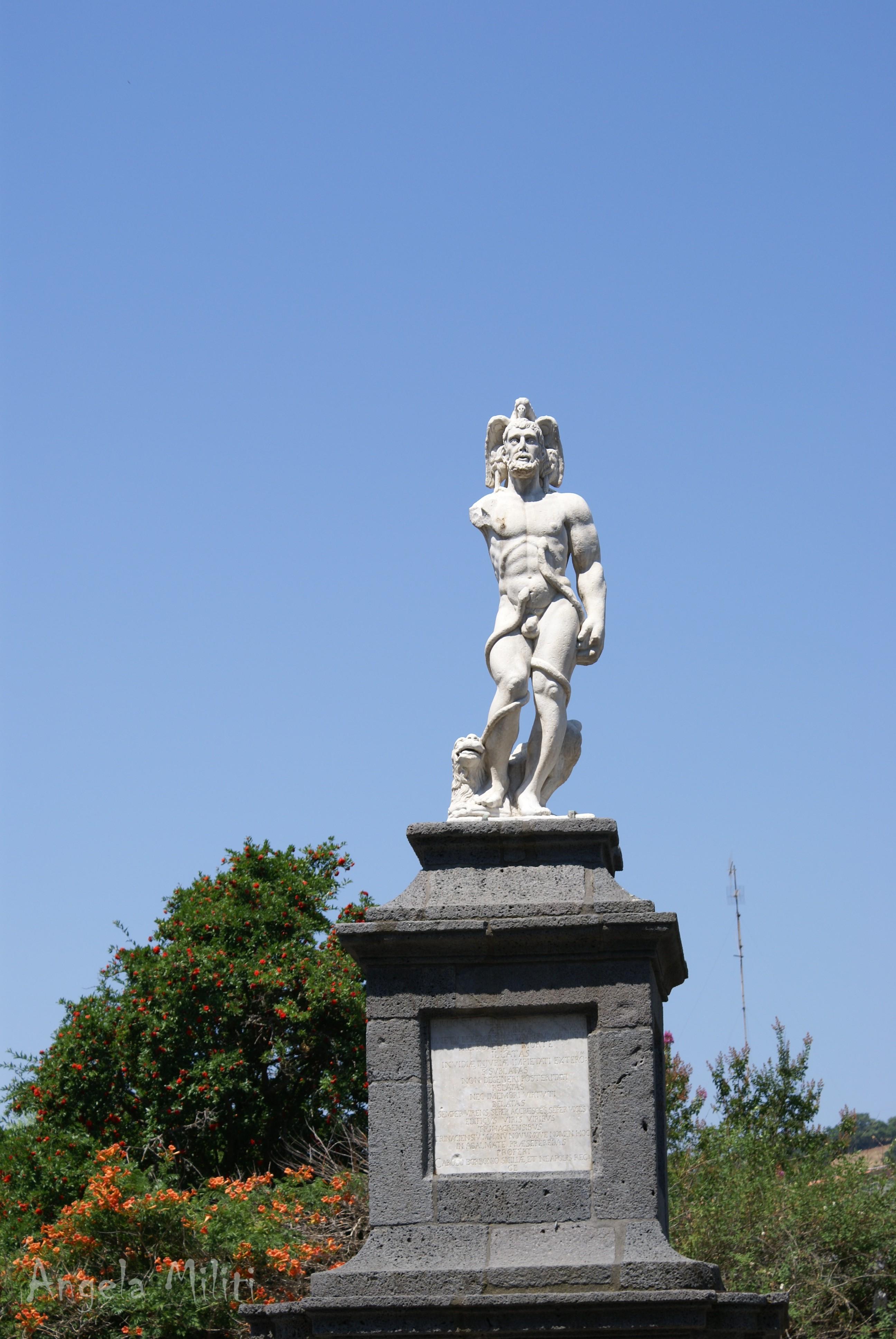 """Statua """"Randazzo Vecchio"""""""