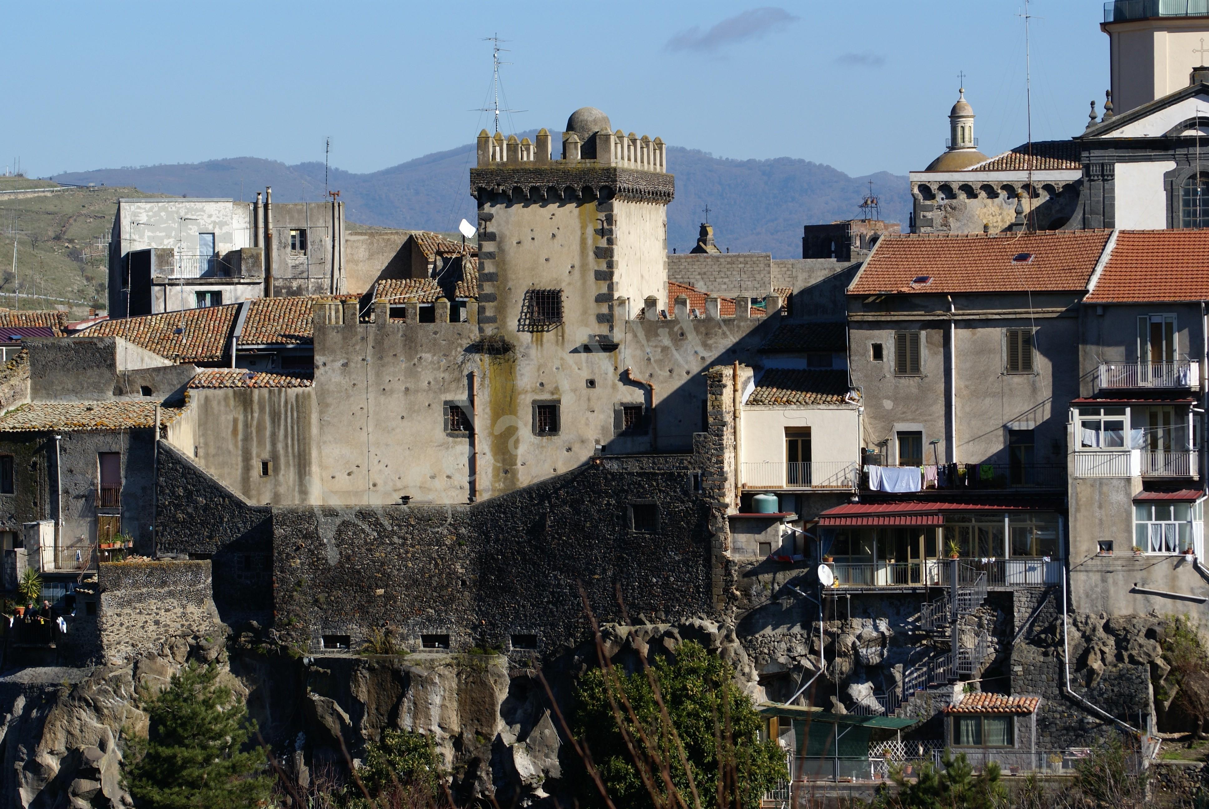 Castello Svevo (Maschio delle mura), XIII secolo