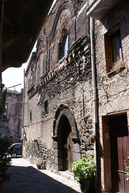 Palazzo Lanza, XIV secolo